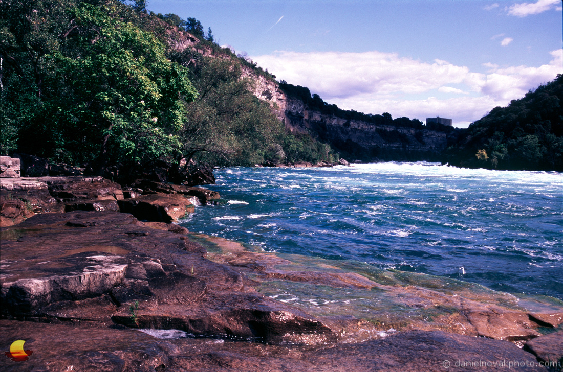 Rocky River Bank, Lower Niagara Rapids