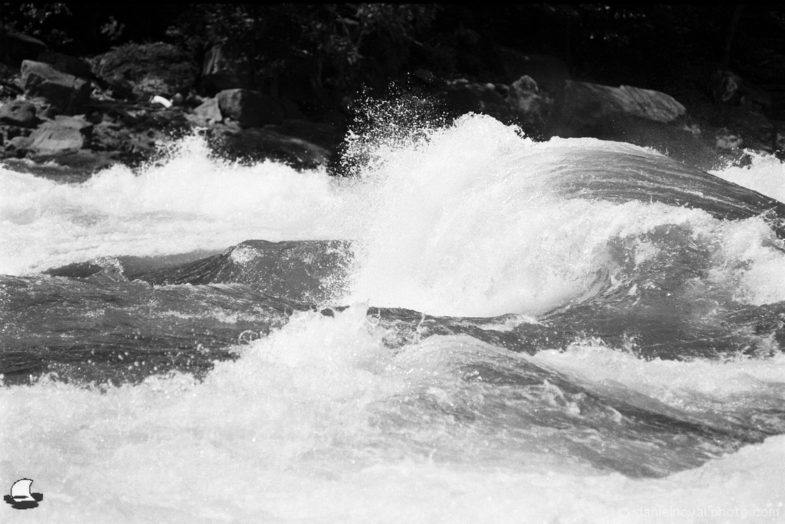 The Wave, Lower Niagara River Rapids, Nikon F4, Kodak Double-X 5222 Black and White Film