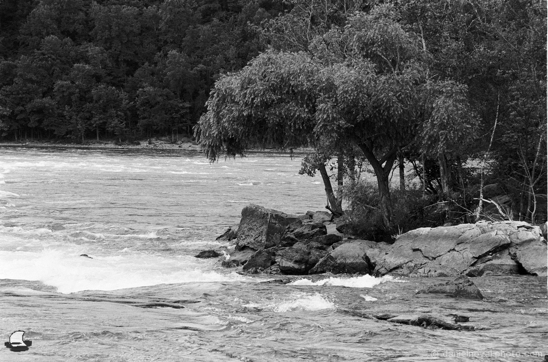 The Watchman at Whirlpool, Lower Niagara River Rapids, Nikon F4, Kodak Double-X 5222 Black and White Film