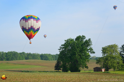 Ballon over a Shed, 16th Annual Red, White, and Blue Balloon Festival in Letchworth State Park, 2017
