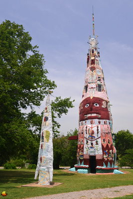 Ed Galloway's World's Largest Concrete Totem Pole, Route 66, Foyil, OK