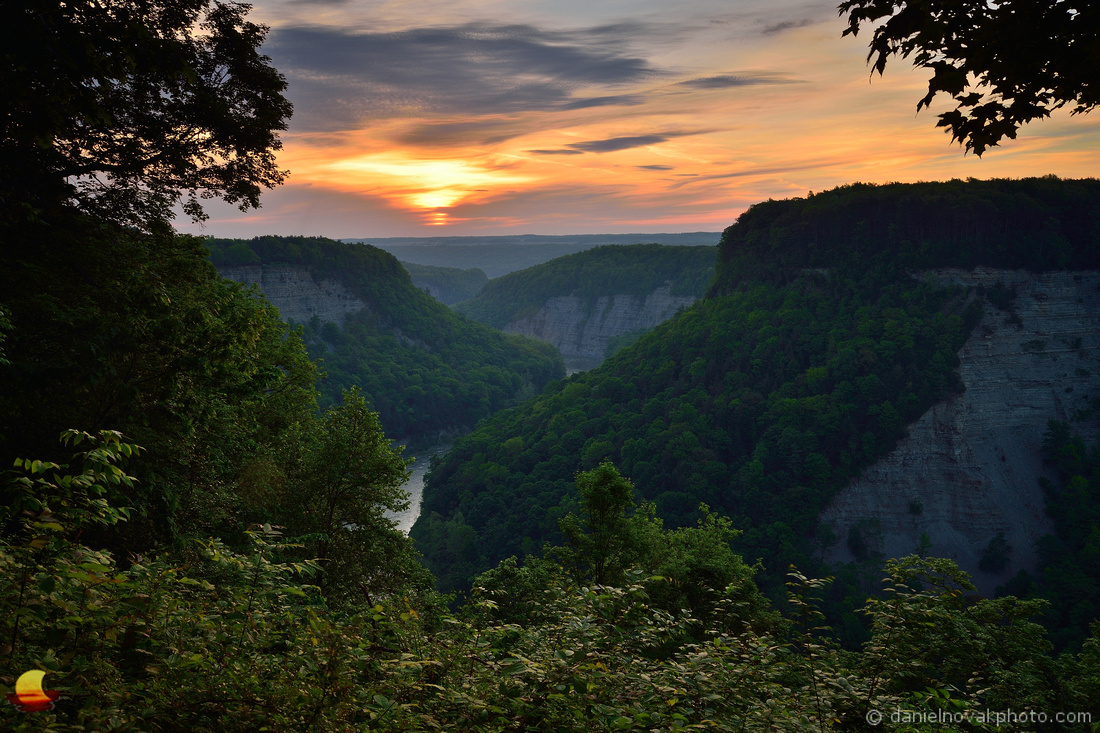 Letchworth Sunrise Wonder. Letchworth State Park, New York (NY), 2018