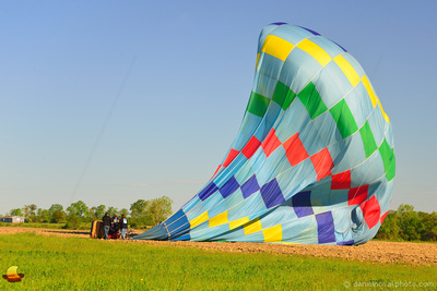CT Ballooning Landing, 13th Annual Red, White and Blue Hot Air  Balloon Festival in Letchworth State Park, Memorial Day Weekend 2014