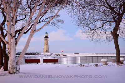 Season's Greetings from Buffalo Main Light, Winter Dozen