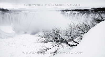 Horseshoe Falls in White, Niagara Falls, Winter Dozen.