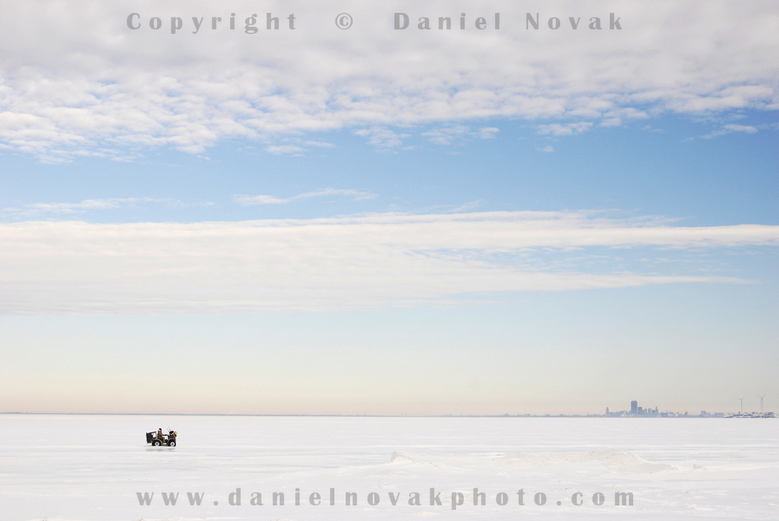 Daniel novak photo buffalo january summer temps for Lake erie ice fishing