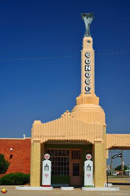 Route 66: Conoco in Shamrock, TX